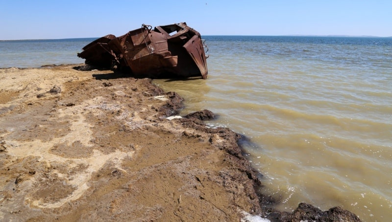 The third ship and environs on Small Aral Sea in the gulf Butakov.