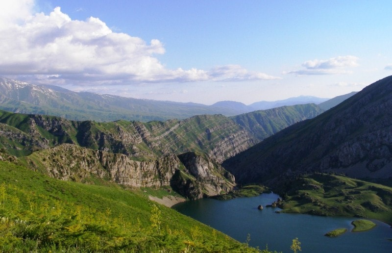 Natural sights of the Ugam ridge.