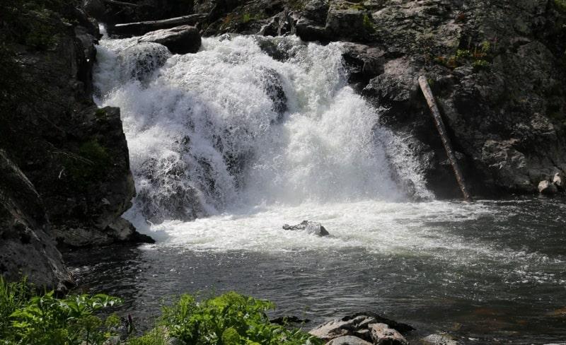 Водопад Усы батыра на реке Арасан.