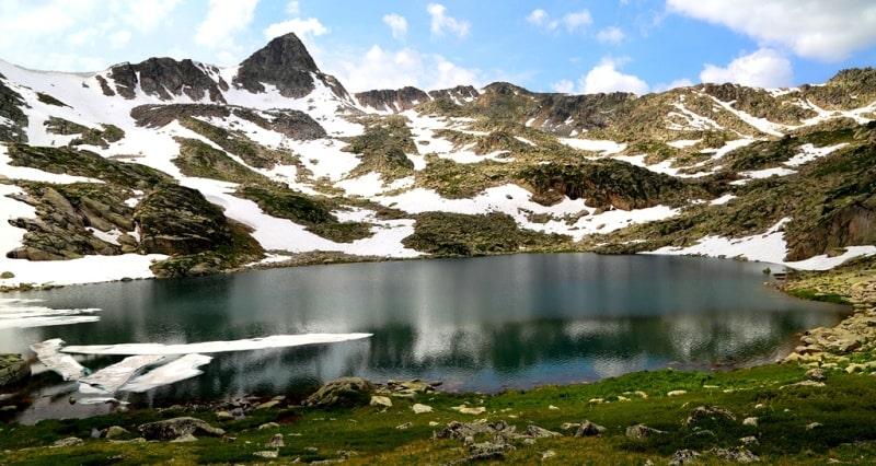 Четвертое Большое Тургусунское озеро в окрестностях урочища Черный узел.