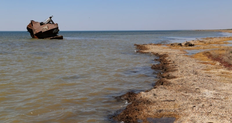 The second ship and environs on Small Aral Sea in the gulf Butakov.