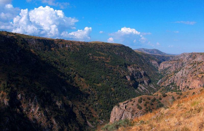 Каньон Аксу в заповеднике Аксу-Жабаглы.