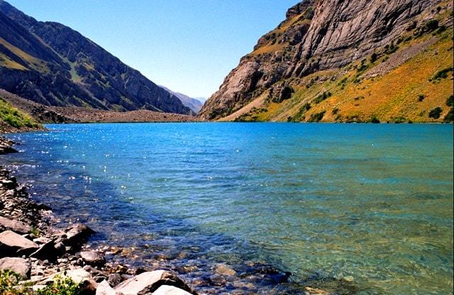 Mountain lake Kokuirum.