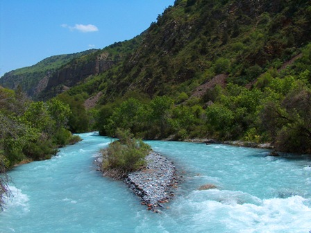 Aksu river.