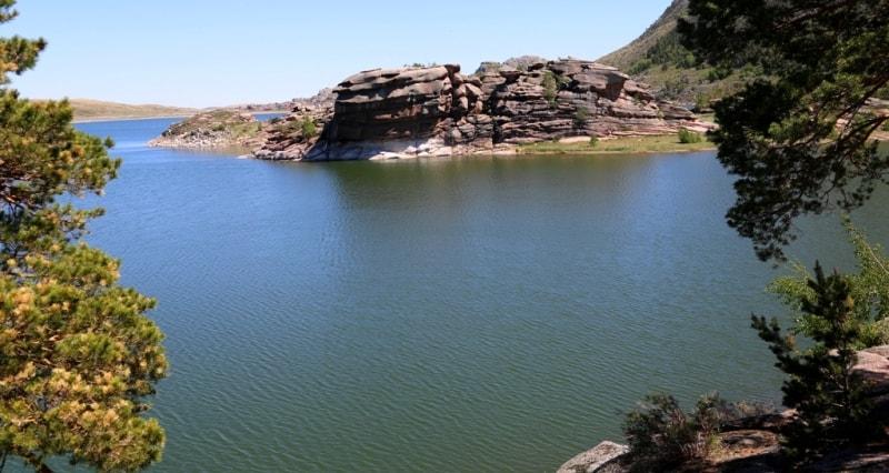 Toraigyr lake in Bayanaul.