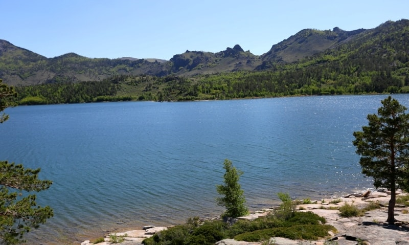 Zhasybai Lake.