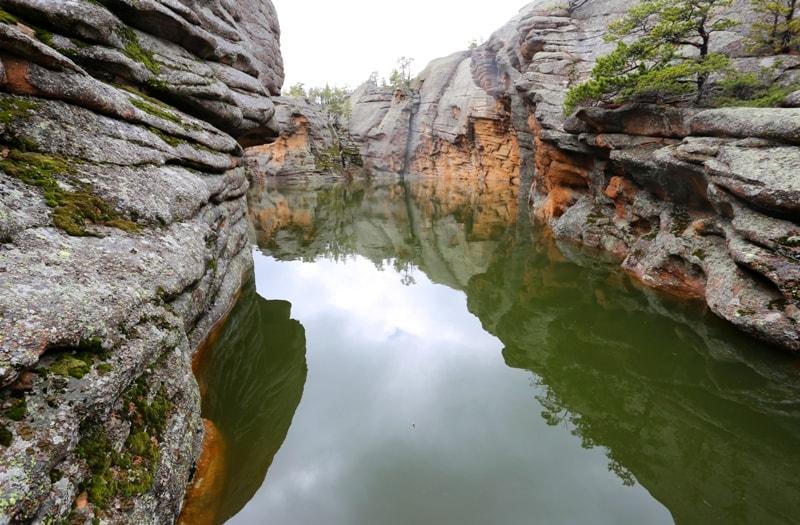 Горы Шанкоз и озера в Каркаралинском парке.