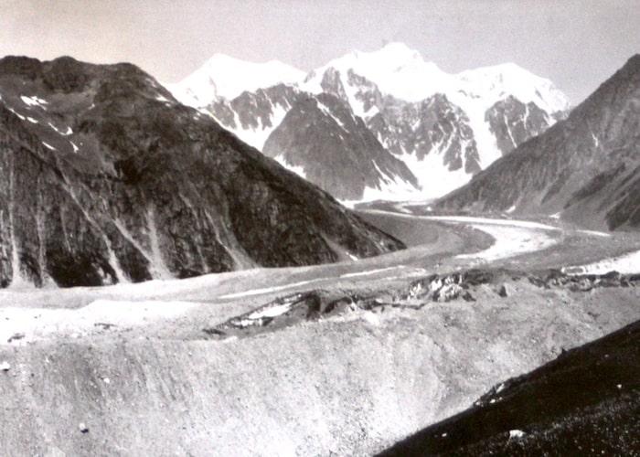 Фотография Большого Берельского ледника. Август 1897 года.