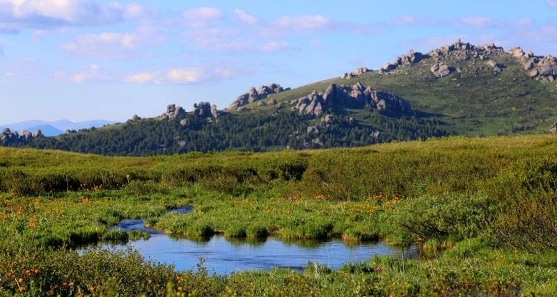 Белоубинское Второе озеро и его окрестности.