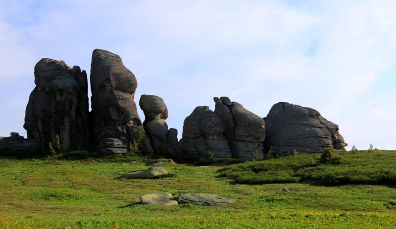 Линейские столбы (Каменная сказка).