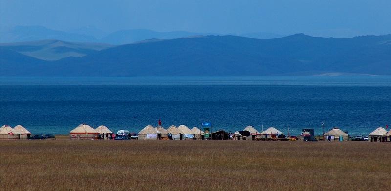 Высокогорное озеро Сонг-Куль.