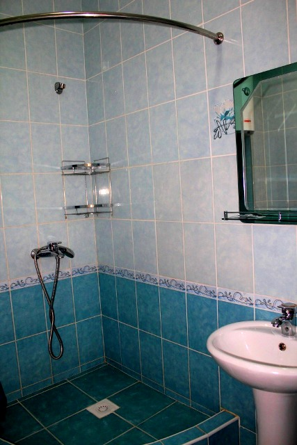 Shower unit.