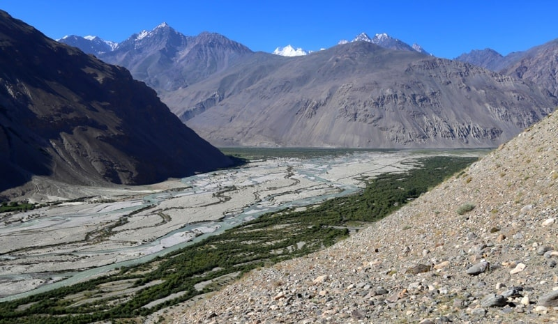 Реки Центральной Азии. Река и долина Вахандарьи. 07.2016. Таджикистан.