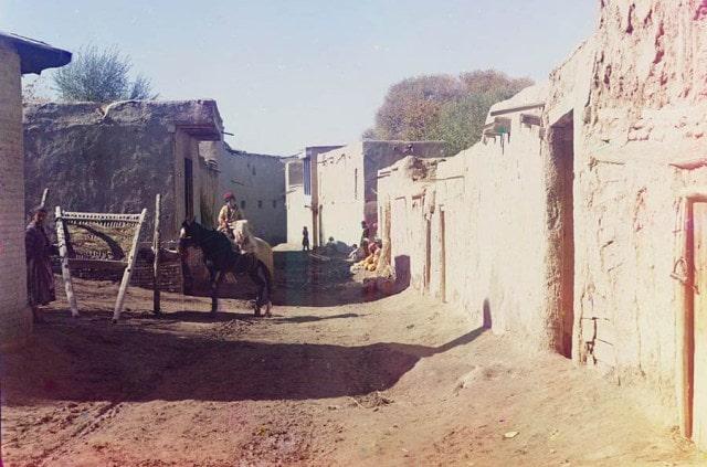 Улица в старом Самарканде. Фотография С. Прокудина-Горского.