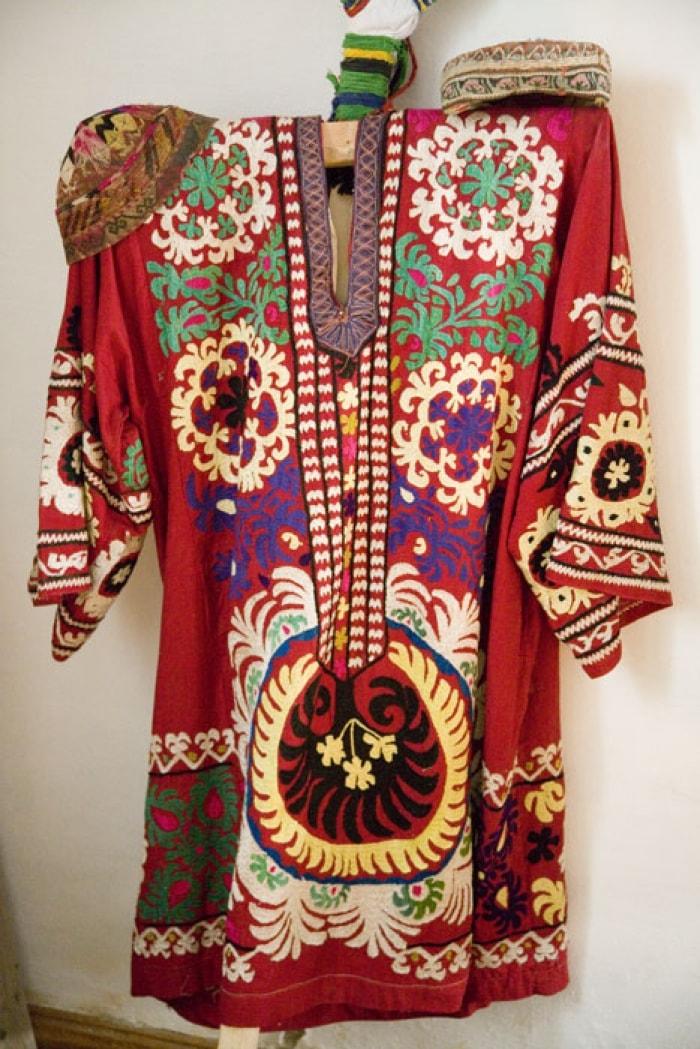 Образцы вышивки. Таджики Южного Таджикистана. Конец XX в.