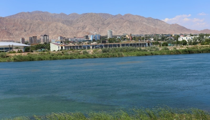 The river Syr-Darya and left-bank part of city of Khudjand.