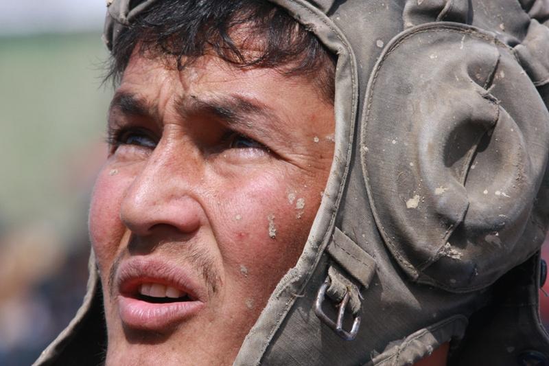 Один из участников массовки бузкаши.