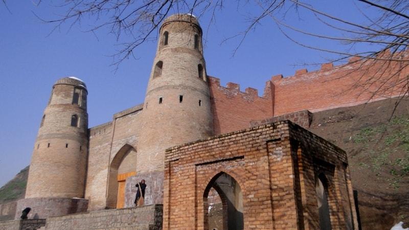 Ghissar fortress.