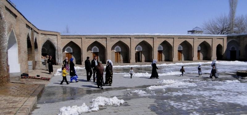 Courtyard in Kuhna madrasah.