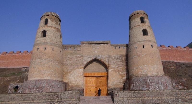 Ghissar a gate.