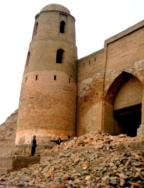 Ghissar a gate during restoration.