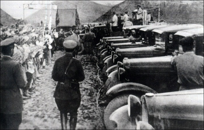 The first cars in the Pamirs.