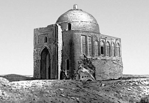 Меана-баба. Мавзолей Абу-Саида Мейхенейского в селении Миана. XI в. Роспись и облицовка XIV в.