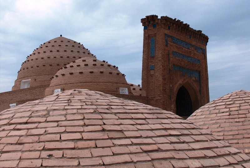 Наджметдина Кубры мавзолей.