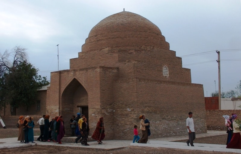 Мавзолей Султан Али (XVI век).