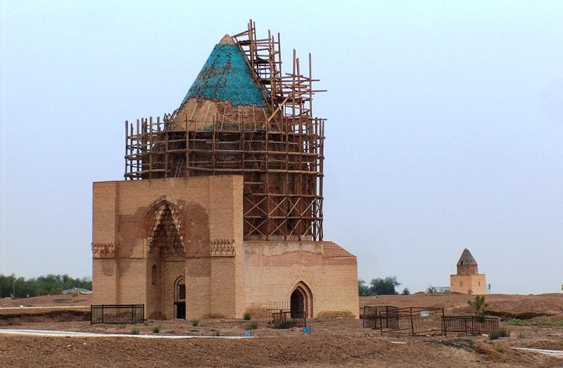 Усыпальница Хорезмшаха Ала-ад-дина Текеша (старшего сына иль-Арслана). 1220 год.