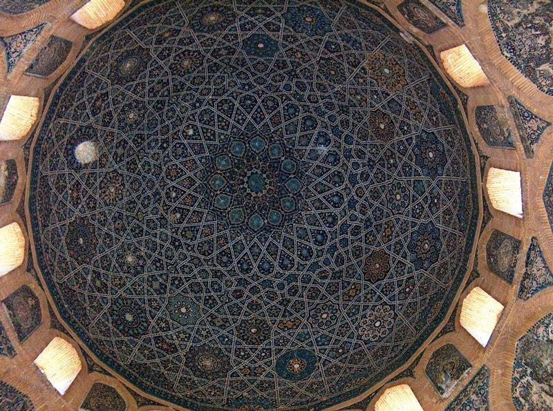 Купол в мавзолее Тюрабек-ханым.