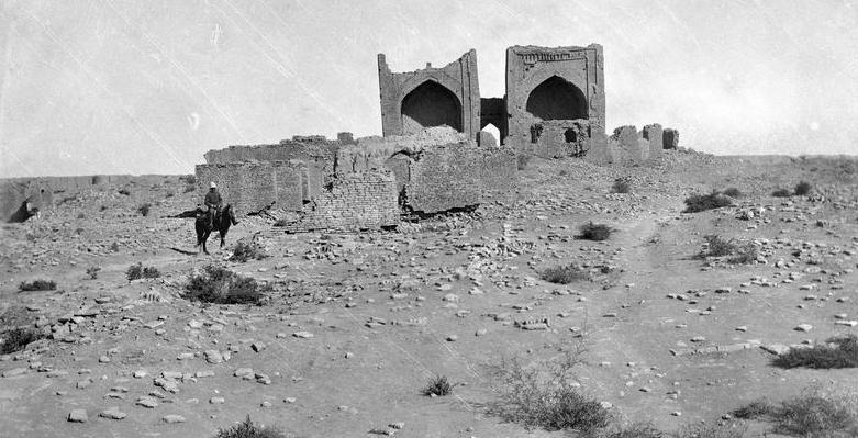 Askhabs Bureid ibn Al-Khuseib al-Aslami and Al-Khakim ibn Amr Al-Gifari. 1890.