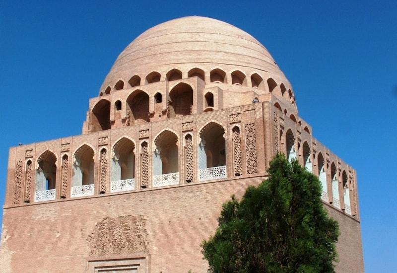 Mausoleum Sultan Sandzhar (XII century).