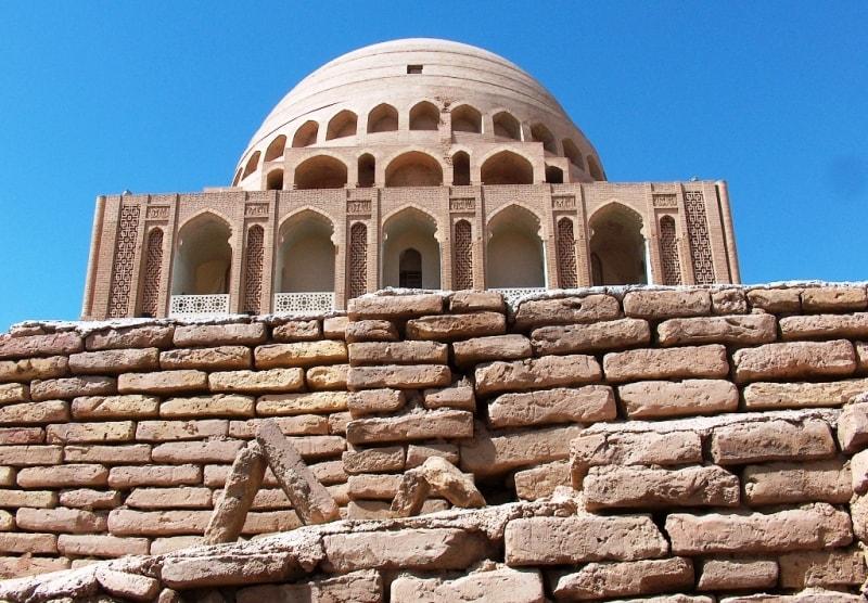Султана Санджара мавзолей.