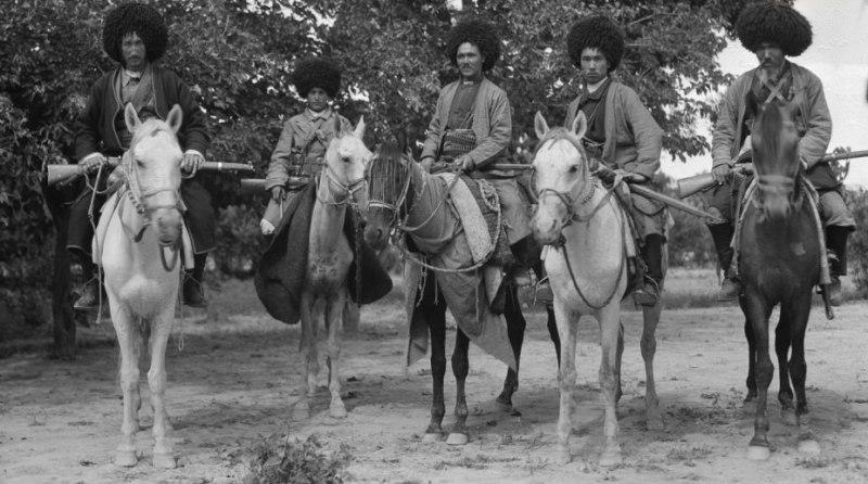 Туркменская милиция. Текинцы. Начало XX века.