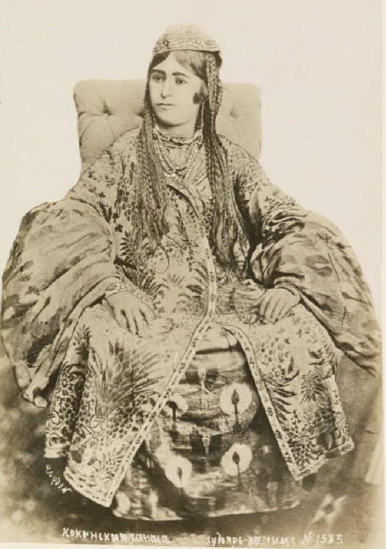 Кокандская ханша, жена Худояр-хана III. 1880-е.