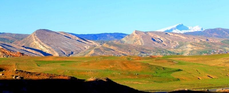 The village of Baysun and its environs.