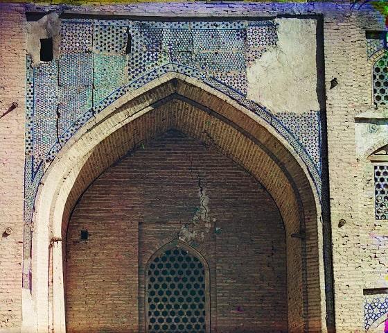 Деталь с левой стороны Медрессе Дуан-Бегги. Фотография Прокудина-Горского.