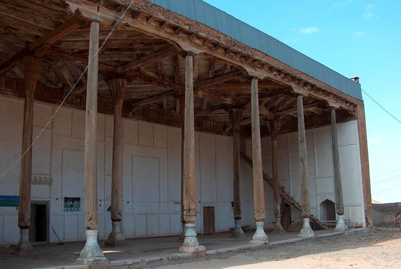 Достопримечательности мечети Катта в Лянгаре.