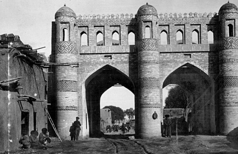 Кош-Дарваза ворота в Дишан-кала.