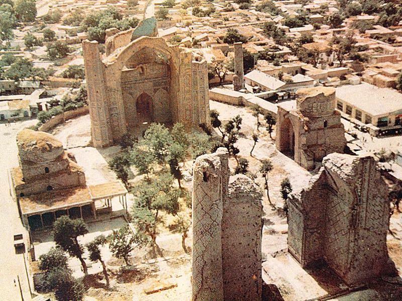 Мечеть Биби-Ханым до реставрации. Самарканд, 1968 год.