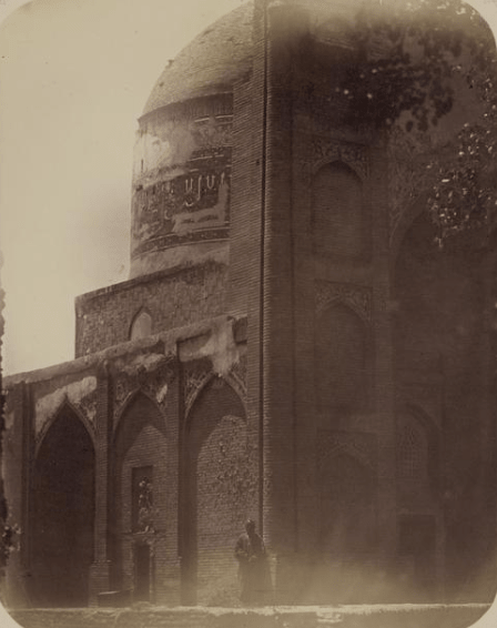 Мечеть Ходжа Абду-Берун. Вид на мечеть с северо-запада.
