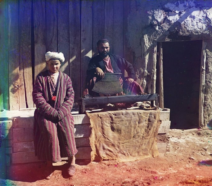 S. M. Prokudin-Gorsky. Shashlik house. January, 1907.